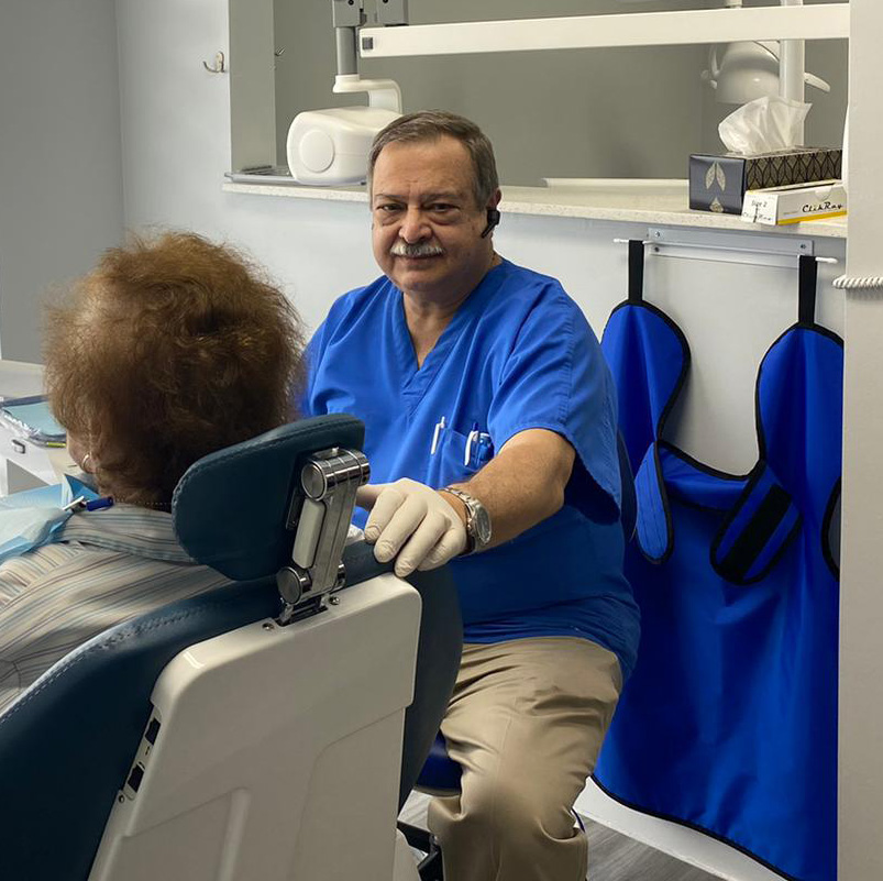 Dr. Luis H. Fonseca, Dental Blush.